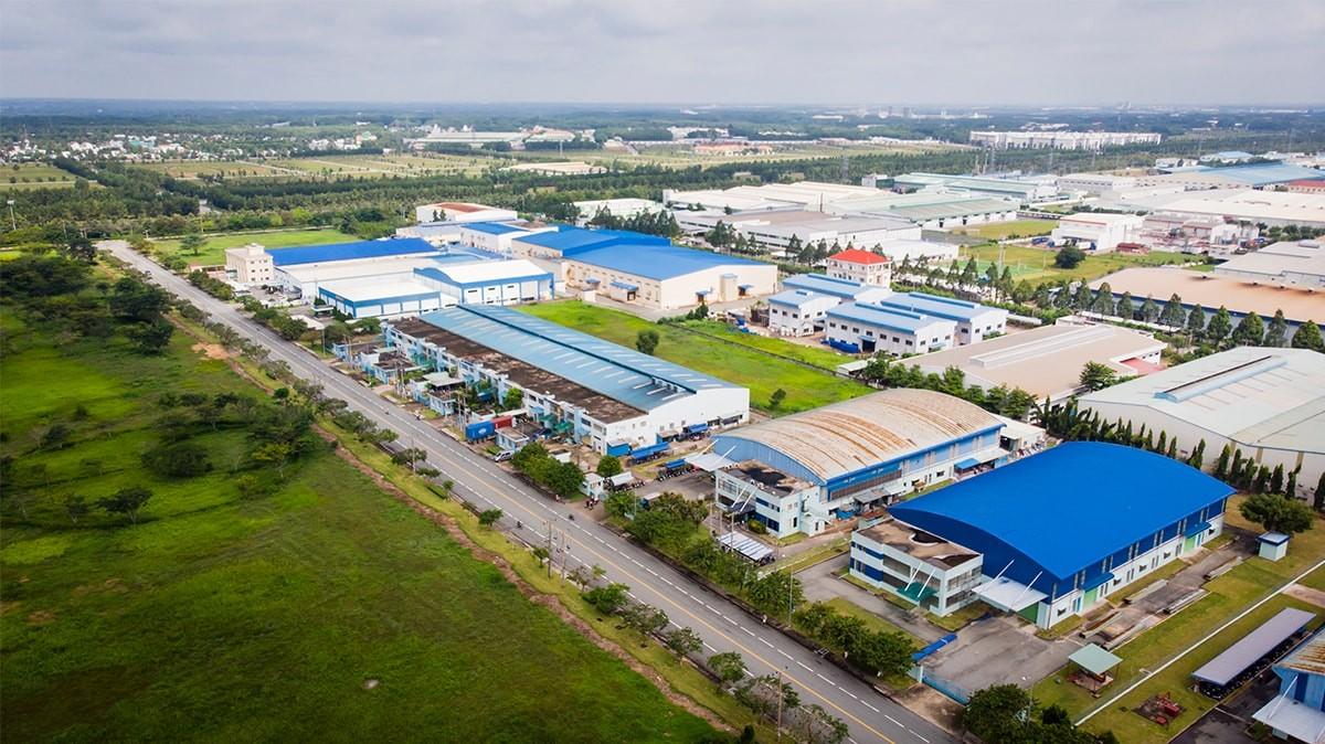 Quản lý và phát triển nhà ở cho công nhân tại các khu công nghiệp ở Việt Nam