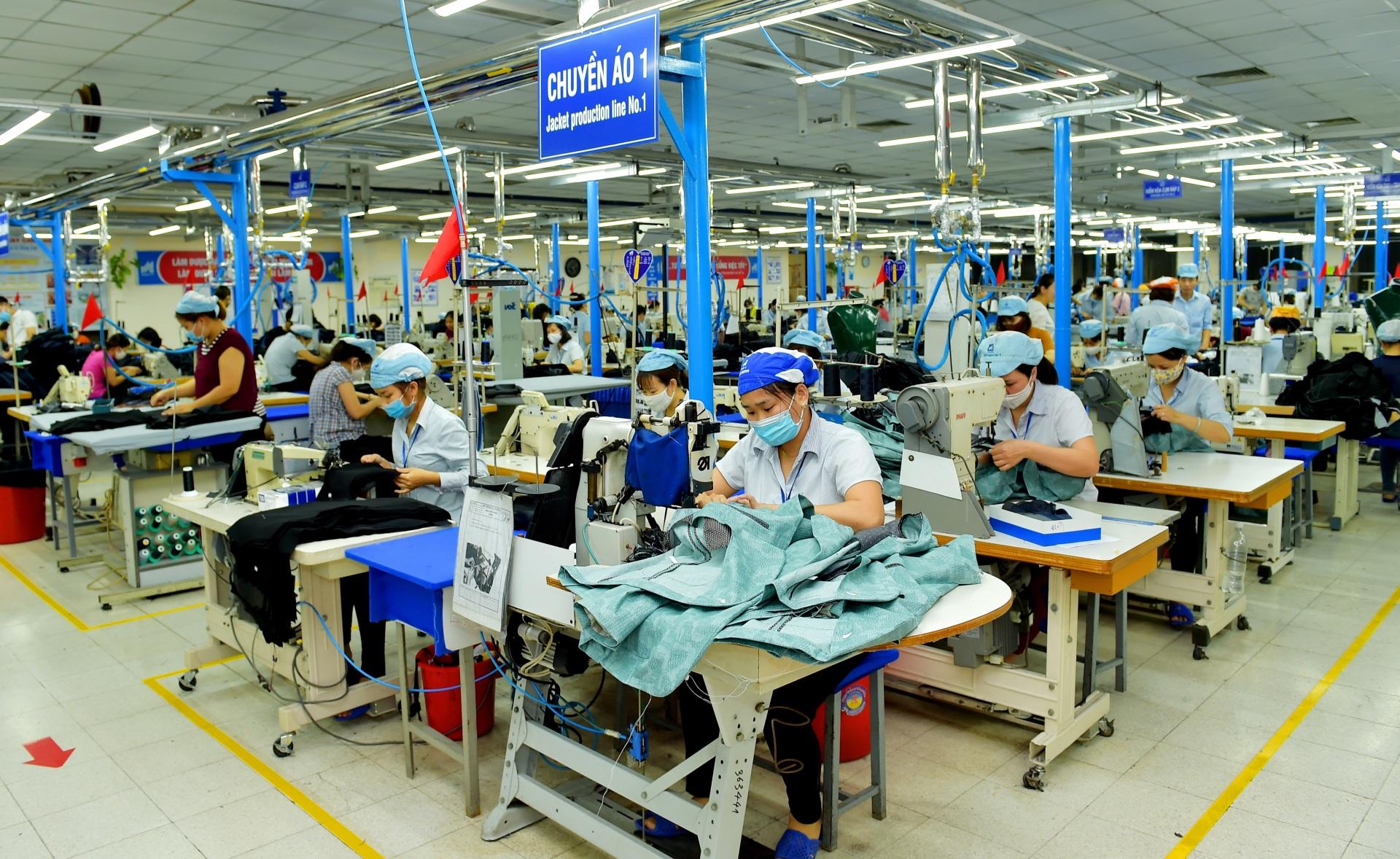 Những vấn đề đặt ra về an ninh trật tự trong quản lý xã hội tại các khu công nghiệp