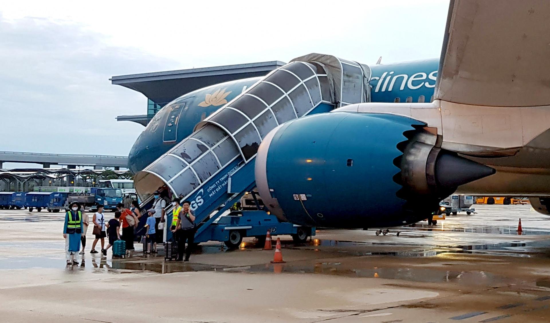 Ngành hàng không: Tranh thủ cơ hội để hồi phục, phát triển