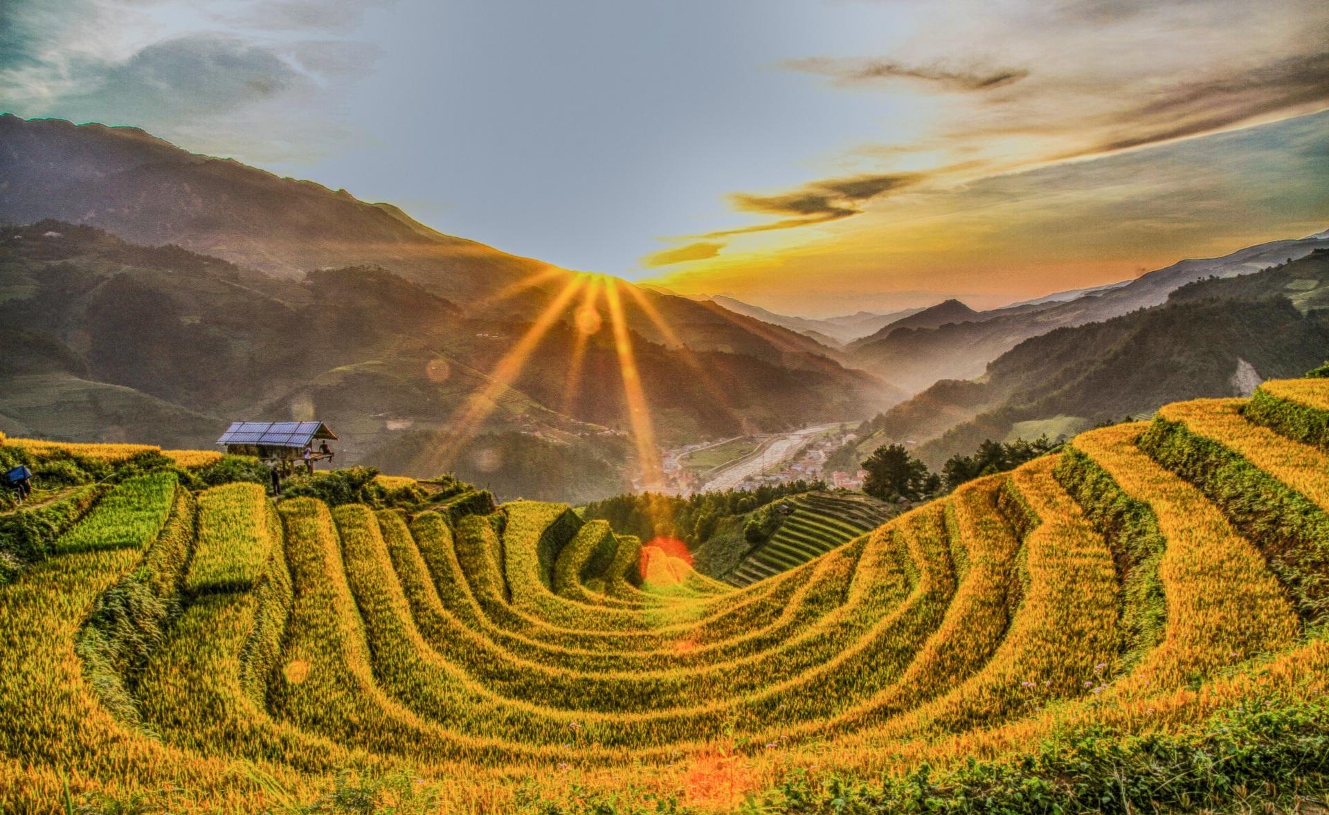 Phát triển du lịch Yên Bái gắn liền với bảo tồn và phát huy các di sản