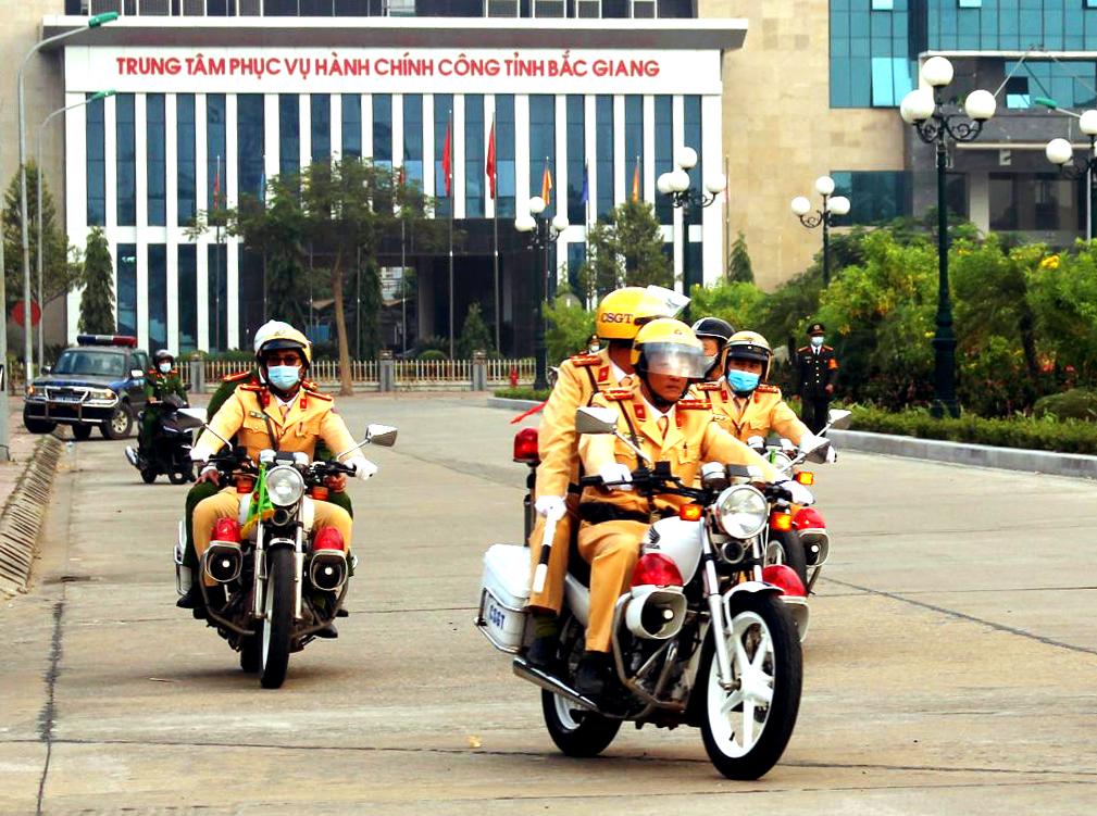 CSGT Công an tỉnh Bắc Giang: Công tác đảm bảo TTATGT là cơ sở để phát triển kinh tế - xã hội
