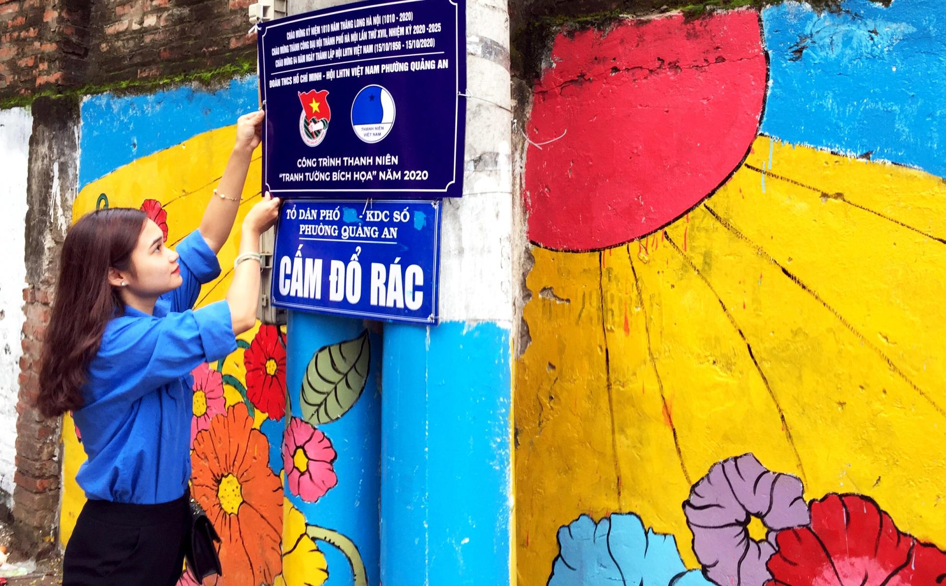 Thanh niên phường Quảng An cải thiện môi trường hòa nhịp cùng Thủ đô