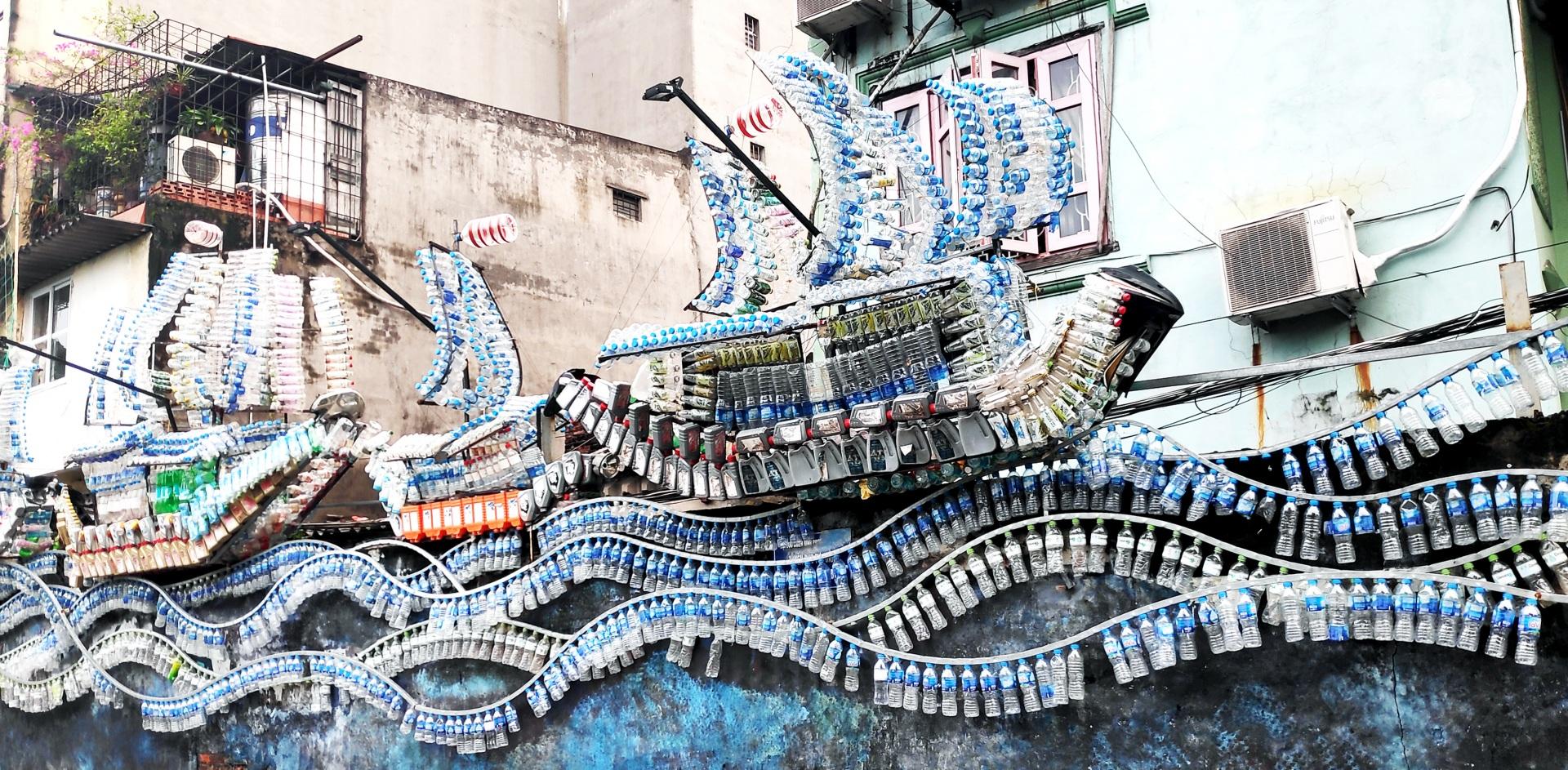 Thủ đô Hà Nội giảm thiểu rác thải nhựa bằng những việc làm thiết thực
