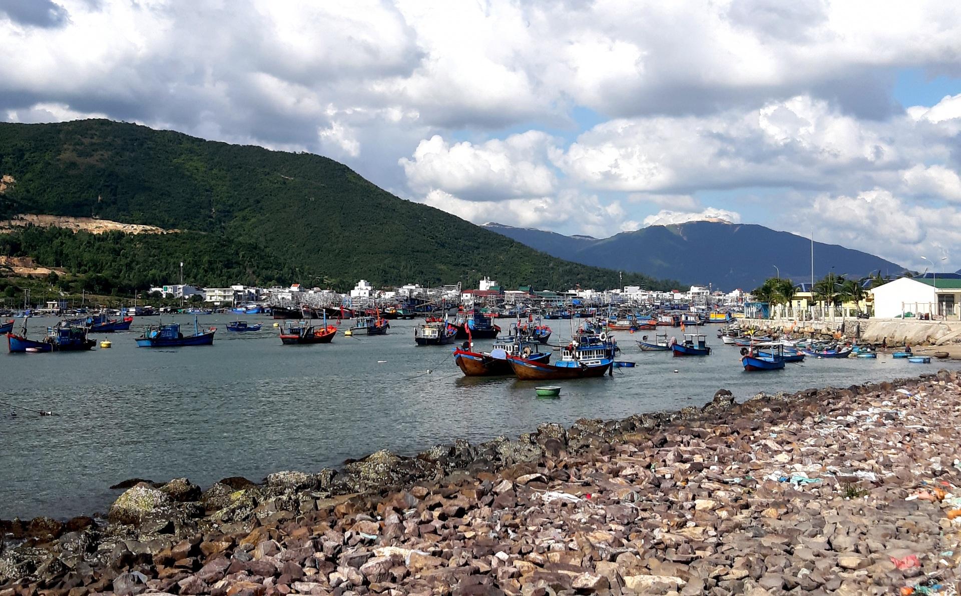 """Nha Trang - Khánh Hòa: Việc khai thác cát sỏi lòng sông khu vực Sông Tắc - Hòn Rớ tái hiện câu chuyện """"Ông Ký Đại"""""""