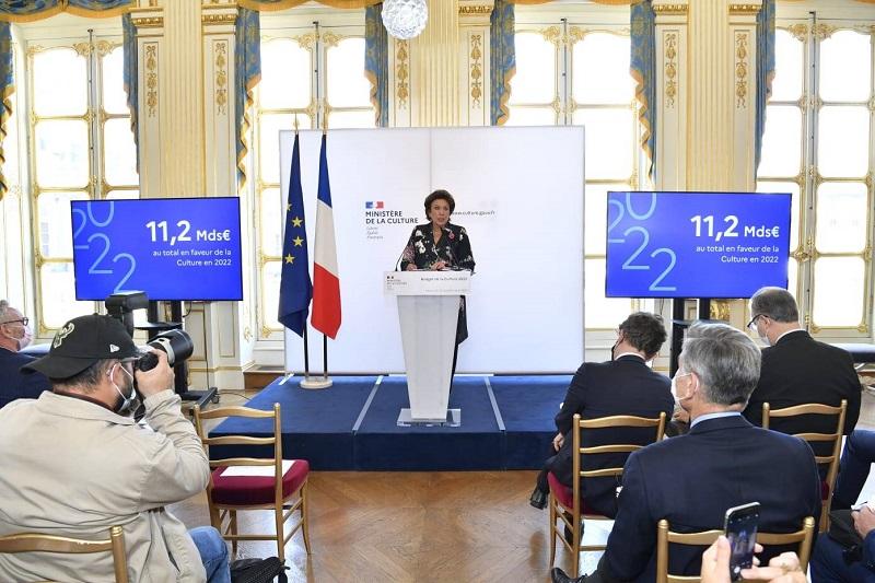 Pháp hỗ trợ mạnh nhằm vực dậy lĩnh vực văn hóa