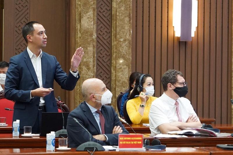 Hà Nội tham vấn chuyên gia về phát triển công nghiệp văn hóa